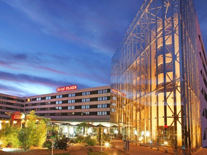 H tel plaza site du futuroscope lieu s minaire for Exterieur nuit