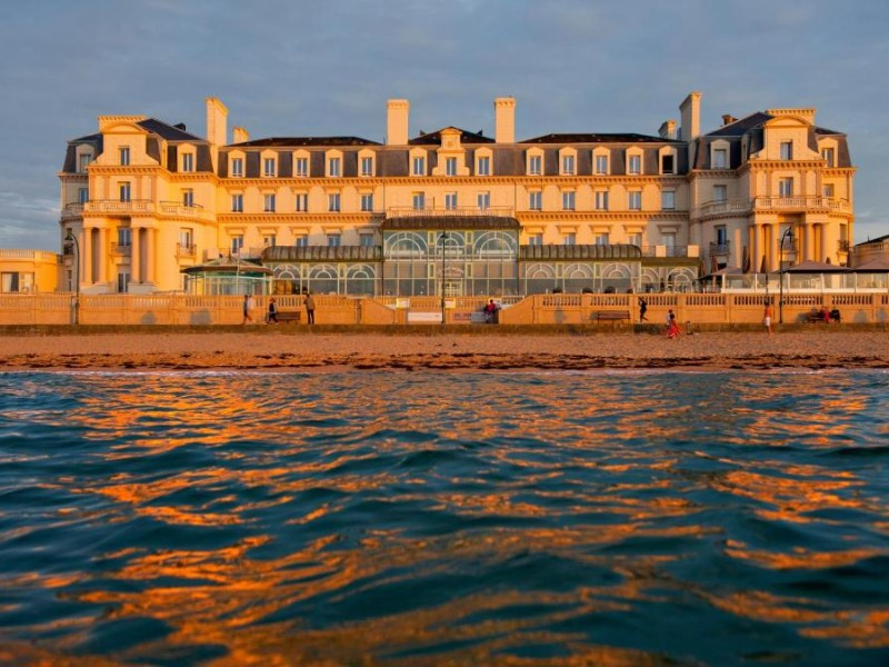 grand hotel des thermes olevene restaurant seminaires reunion booking convention conference