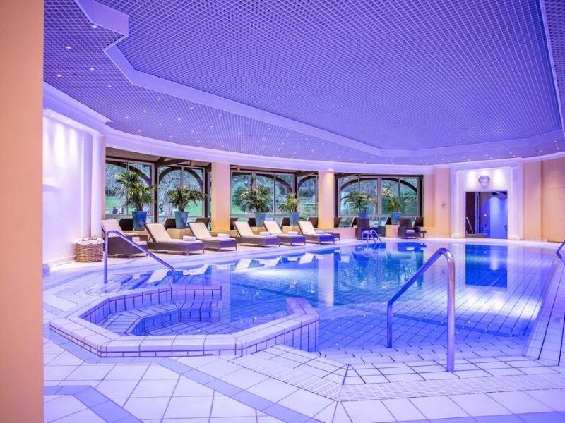 H tel royal evian les bains lieu s minaire 74 vian les bains - Salle de sport evian les bains ...