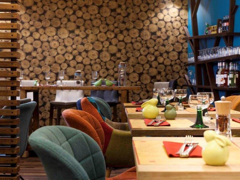 ibis styles chaumont centre gare lieu s minaire 52 chaumont. Black Bedroom Furniture Sets. Home Design Ideas