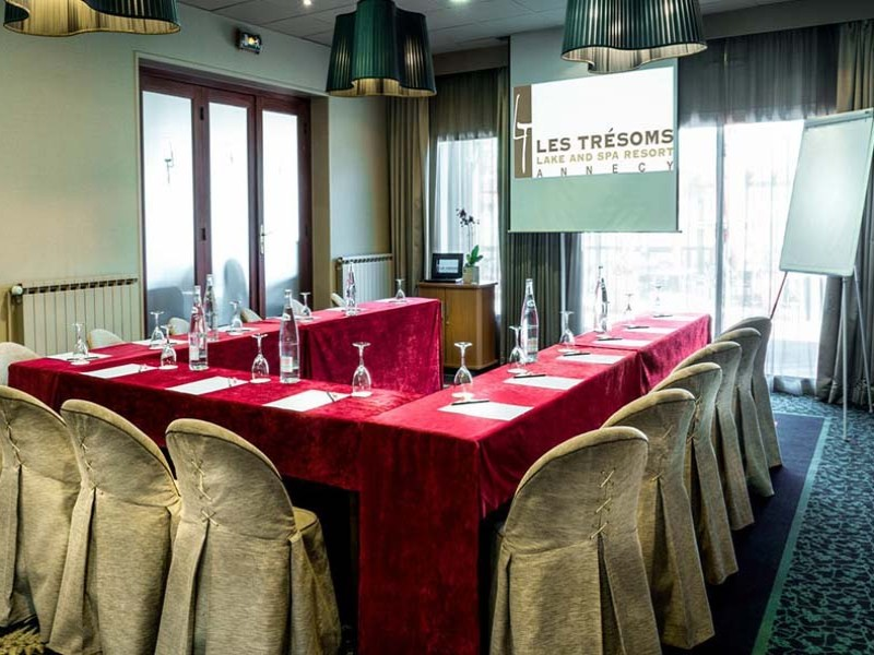 les tresoms lake and spa resort olevene hotel restaurant booking