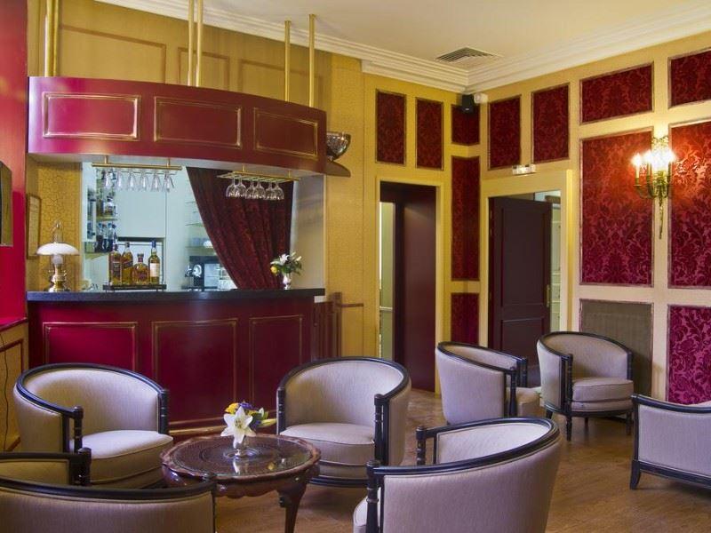 Mercure Moulins Hotel De Paris Restaurant