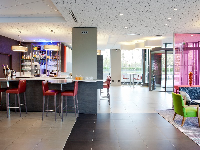 Park inn by radisson lille grand stade lieu s minaire 59 for Recherche hotel